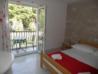 Studio Apartment Angelo in Bol's centre - Bol vacation rentals