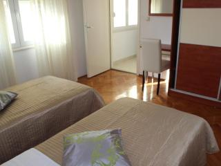 Valentino 2 cozy apartment near Old town - Split vacation rentals