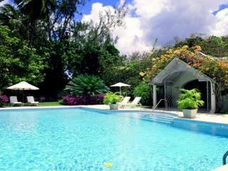 Tropical 4 Bedroom Villa with Large Pool & Gardens - Holetown vacation rentals
