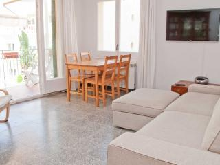 TIM very convenient central apartment - Sitges vacation rentals