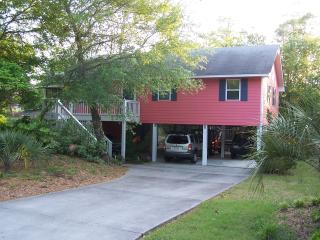 Great Beach Cottage On beautiful Emerald Isle - Emerald Isle vacation rentals