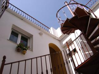 Arcos Apt with HUGE ROOF TERRACE! - Arcos de la Frontera vacation rentals