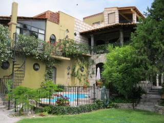 Casa de los Encantos - Central Mexico and Gulf Coast vacation rentals