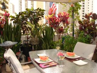 Artist's Home in Waikiki - Unique Garden Lanai - Honolulu vacation rentals