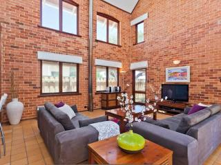 Cottesloe Renaissance Beach House - Perth vacation rentals