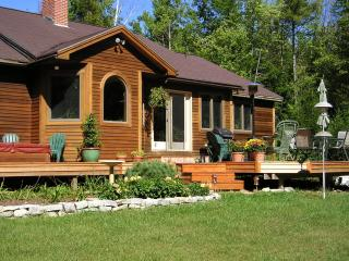 Comfort and privacy in coastal Maine - Durham vacation rentals
