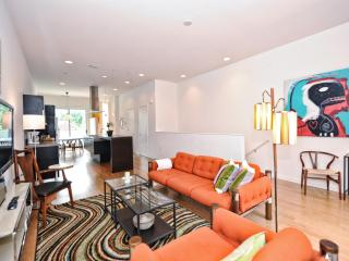 Super-modern condo 1 mile to Uptown-2br/2.5ba - Charlotte vacation rentals
