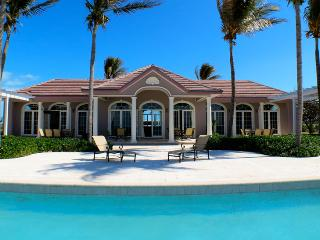 Bahamas Villa 36 Situated On The Westernmost Tip Of The Island Only A Few Feet From The Atlantic Ocean. - Grand Bahama vacation rentals