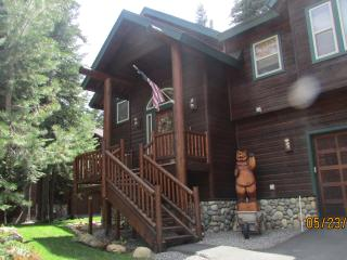 Walk to Chambers, PERFECT, hot tub-A Savant Place - Tahoe City vacation rentals
