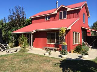 Redbarn boutique holiday accommodation - Wanganui District vacation rentals