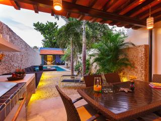 Renovated for family gatherings on quiet Santiago street - Merida vacation rentals