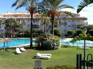 3 Bedroom Apartment Puerto Banus - Puerto José Banús vacation rentals