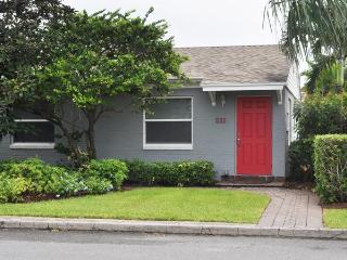 Beautiful 2 Bedroom, 2 Bath, Private Home - Lake Worth vacation rentals