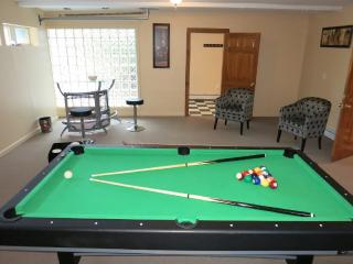 Magnificent Country Club Mansion Next To Golf! - East Stroudsburg vacation rentals