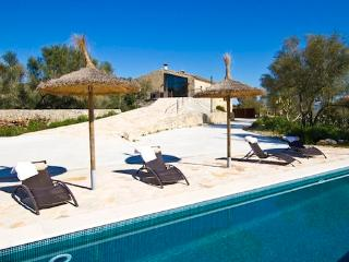 Cosy finca in the heart of Mallorca for 6  people in a very quiet location - ES-1077595-Porreres - Porreres vacation rentals