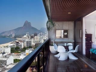 2 Bedroom Apartment with Incredible Views in Ipanema - Buenos Aires vacation rentals