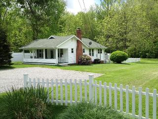 A Cottage for All Seasons - Black Mountain vacation rentals