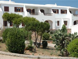 Holiday house for 4 persons, with swimming pool , near the beach in Cala Morell - Minorca vacation rentals