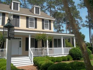Spacious Rental in Gated Community .. King Beds!! - Murrells Inlet vacation rentals