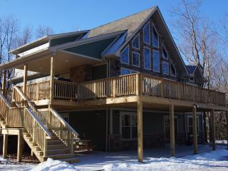 Snowcap Lodge - Lake Harmony vacation rentals
