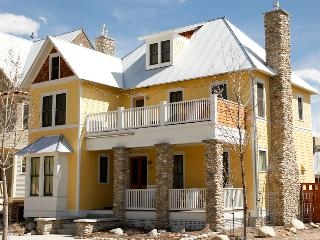 Large, beatiful home on the park in South Main - just steps from the river - South Central Colorado vacation rentals