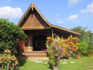 Villa Lina -Traditional Bali House 3BDRM Canggu - Canggu vacation rentals