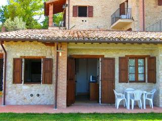 Spoleto By The Pool/from 690 euros/wk: apt 5 - Spoleto vacation rentals