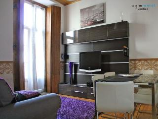 Brya Black Apartment - Portugal vacation rentals