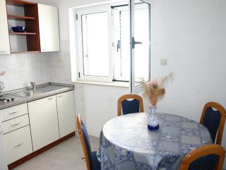 Apartments Grgo - 44671-A4 - Lokva Rogoznica vacation rentals