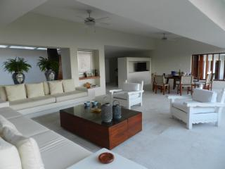 The perfect spot to enjoy and relax - Acapulco vacation rentals