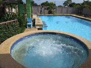 Entire villa rental with own pool ,Jacuzzi and sea - Dauis vacation rentals