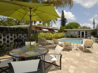 3BR/2BA Heated Pool close to Beach & Shopping - Fort Lauderdale vacation rentals