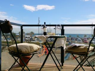 Apartment with sea views and 40 m2 terrace Calella - Calella vacation rentals