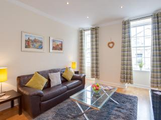 MacNiven Apartment on Blair Street - Edinburgh vacation rentals