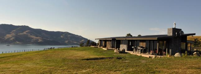 Shamarra Farm Stay overlooking Akaroa Harbour - Shamarra Alpaca Farm Stay–exclusive Luxury Retreat - Akaroa - rentals