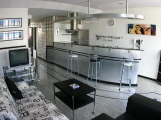 (1-28) Luxury 1 bedroom with balcony in Copacabana - State of Rio de Janeiro vacation rentals