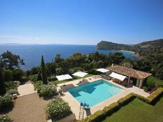 Villa des Lys offers marvelous views, mountain bikes, chef and maid service - Le Rayol-Canadel vacation rentals