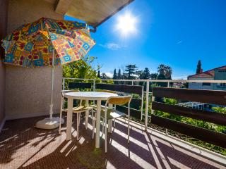 Apartment Luca - 44531-A1 - Kastel Luksic vacation rentals