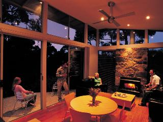 Ridgetop Retreats, Deep Creek Conservation Park - Delamere vacation rentals