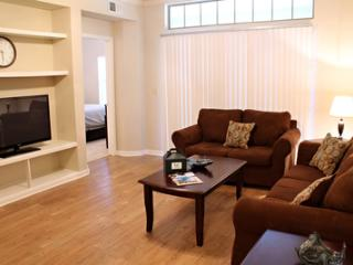 Wonderful 2 BD in Uptown1UT3530221 - Dallas vacation rentals