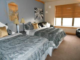 Cedar Breaks Lodge sleeps 5.. indoor pool/hot tubs - Brian Head vacation rentals