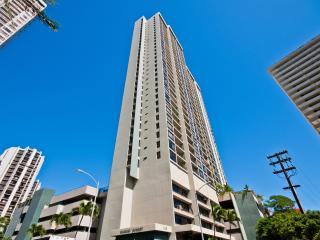 Cozy 1 Bed/1Bath Waikiki Sunset Vacation Rental - Oahu vacation rentals