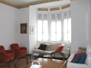 Apt Garibaldi with Terrace.Santa Margherita - Santa Margherita Ligure vacation rentals