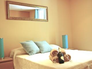 Cozy apartment in Casanova- Exaimple Barcelona - Barcelona vacation rentals
