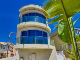 Lido Ct - Luxury 3BR Beach House - San Diego vacation rentals