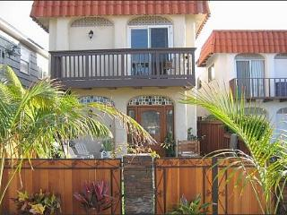#337 - Rosemont Duplex (ground level) - La Jolla vacation rentals