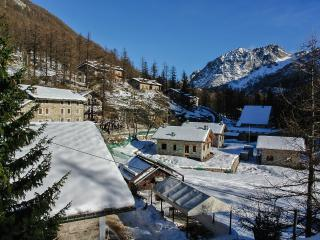 Aiguille Rousse - 3415 - Ceresole - Torino Province vacation rentals