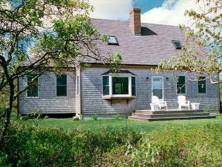 BELAT - West Tisbury Country Setting, Access to Association Pool and Tennis, A/C, Wifi - West Tisbury vacation rentals