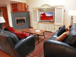 Ice House Penthouse #403 (3 bedrooms, 3.5 bathrooms) - Telluride vacation rentals