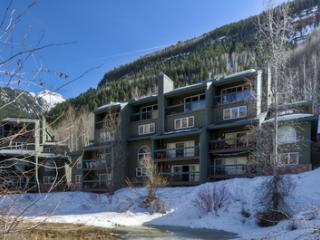 Riverside D02 (2 bedrooms, 2 bathrooms) - Telluride vacation rentals